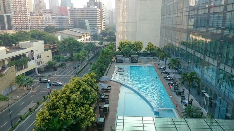 fairmont makati pool