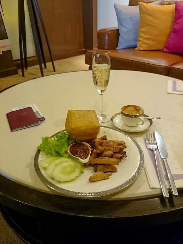 25722813536 1bb8ac336f c - REVIEW - Thai Airways : Royal First Lounge, Bangkok