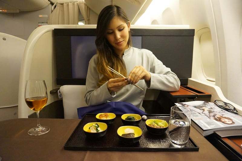kamara jl f - REVIEW - JAL : First Class - London to Tokyo Haneda (B77W)