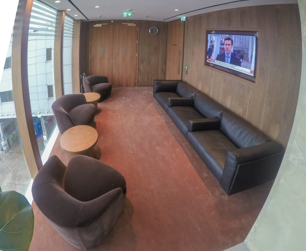 New CX Lounges T3 15 1024x838 - REVIEW - Cathay Pacific : First Class Lounge, London Heathrow T3 (post-refurb)