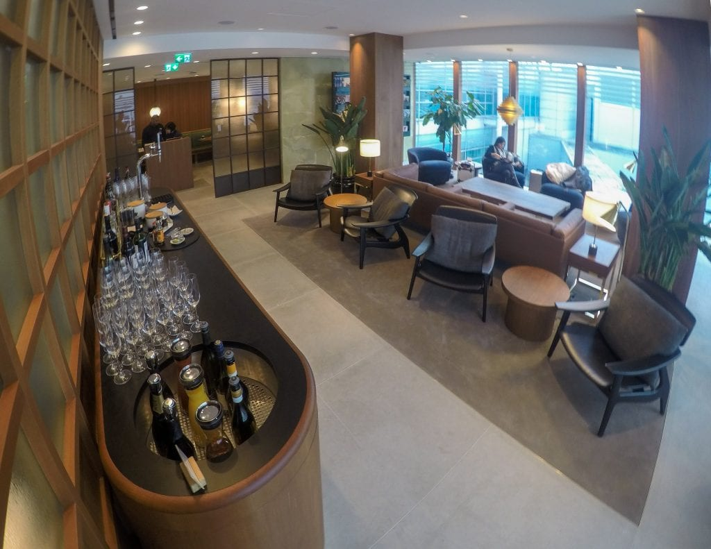 New CX Lounges T3 23 1024x791 - REVIEW - Cathay Pacific : First Class Lounge, London Heathrow T3 (post-refurb)