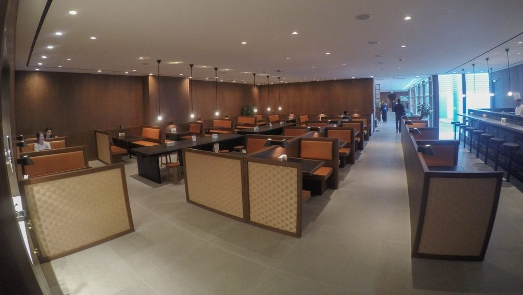 New CX Lounges T3 57 1024x577 - REVIEW - Cathay Pacific : Business Class Lounge, London Heathrow T3 (post-refurb)
