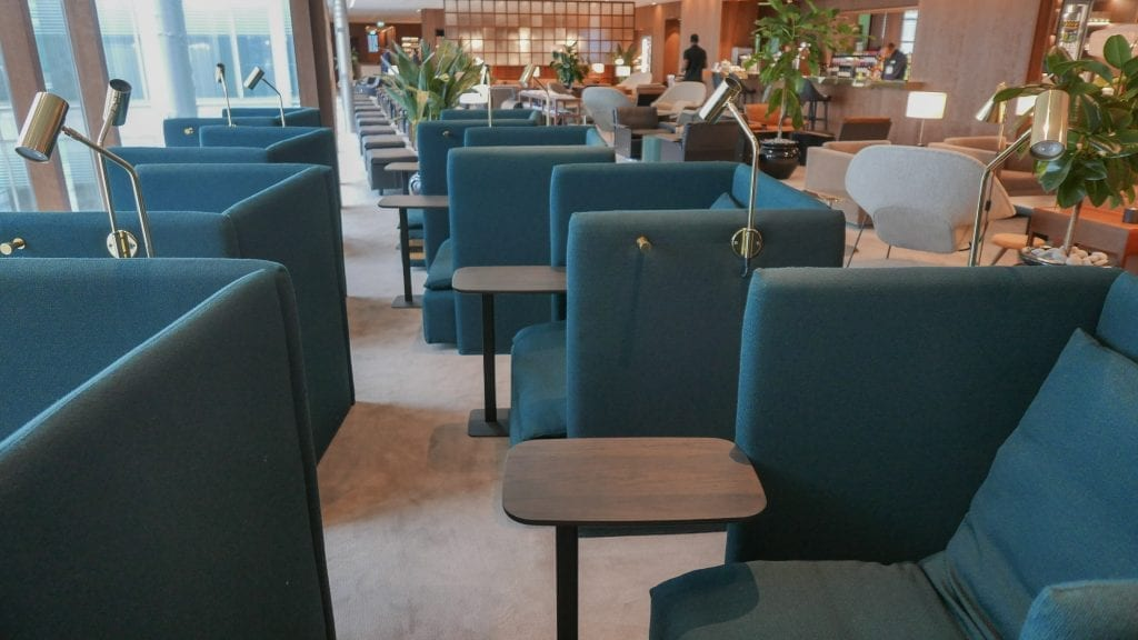 New CX Lounges T3 84 1024x576 - REVIEW - Cathay Pacific : Business Class Lounge, London Heathrow T3 (post-refurb)