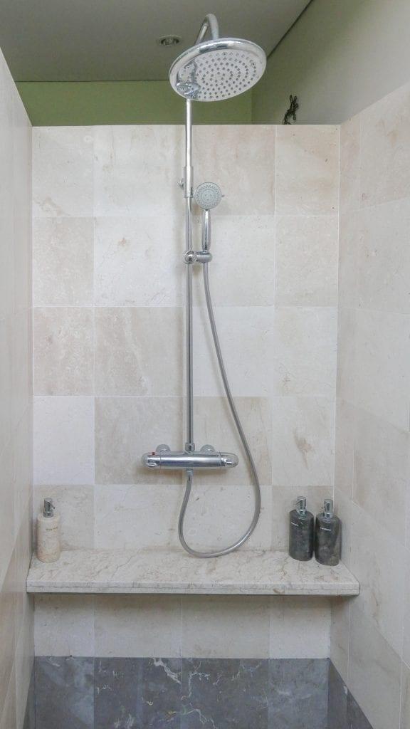 7Ubud Villa Kerasan 13 576x1024 - REVIEW - Villa Kerasan, Ubud (AirBnB)