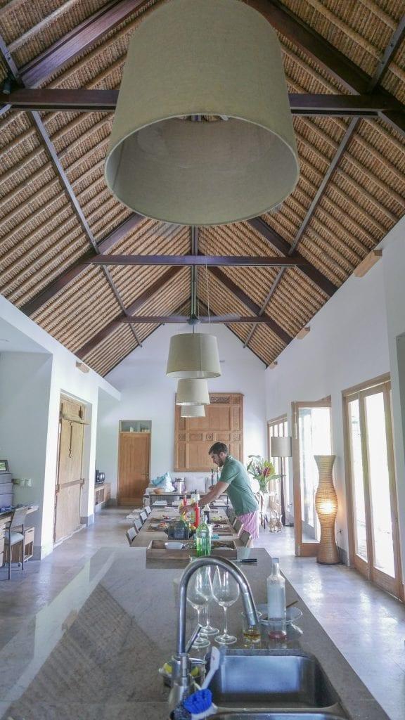 7Ubud Villa Kerasan 29 576x1024 - REVIEW - Villa Kerasan, Ubud (AirBnB)