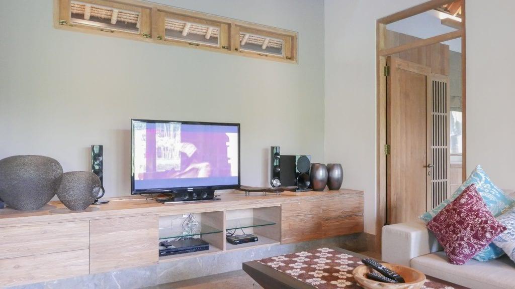 7Ubud Villa Kerasan 5 1024x576 - REVIEW - Villa Kerasan, Ubud (AirBnB)
