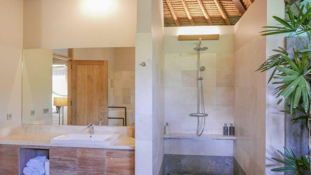 7Ubud Villa Kerasan 8 1024x576 - REVIEW - Villa Kerasan, Ubud (AirBnB)