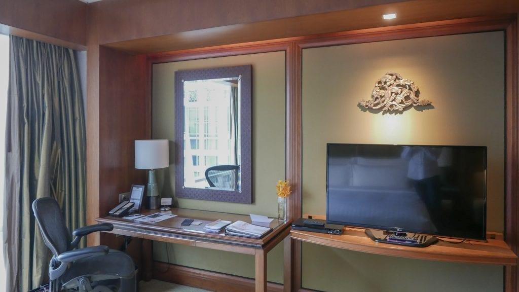 Conrad BKK 11 1024x576 - REVIEW - Conrad Bangkok : King Executive Room