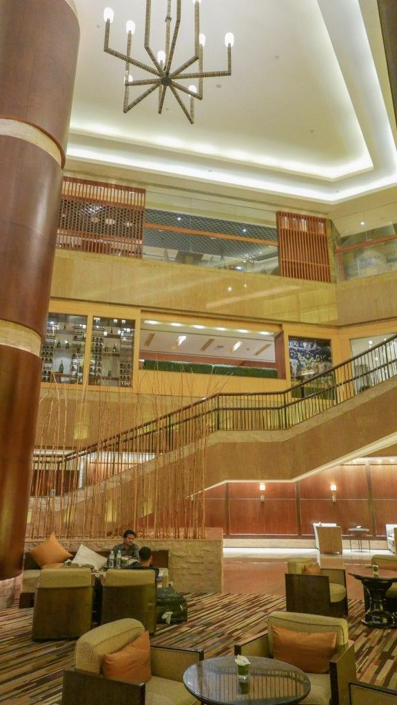 Conrad BKK 2 576x1024 - REVIEW - Conrad Bangkok : King Executive Room