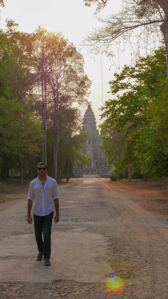 Temples 1 Angkor Wat 8 576x1024 - GUIDE - Touring the Temples of Siem Reap
