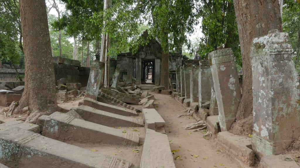 Temples 3 Koh Ker 1 1024x576 - GUIDE - Touring the Temples of Siem Reap