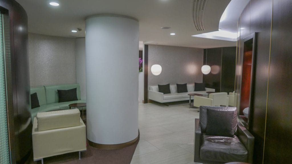 EY FJ lounge 4 1024x576 - REVIEW - Etihad Airways : First and Business Class Lounge, LHR T4
