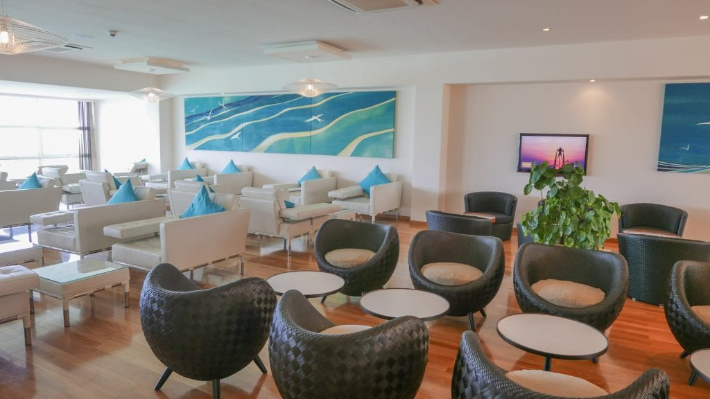 Conrad Lounge Morning 2016 10 1024x576 - REVIEW - Conrad Maldives : Seaplane Lounge MLE [Morning]