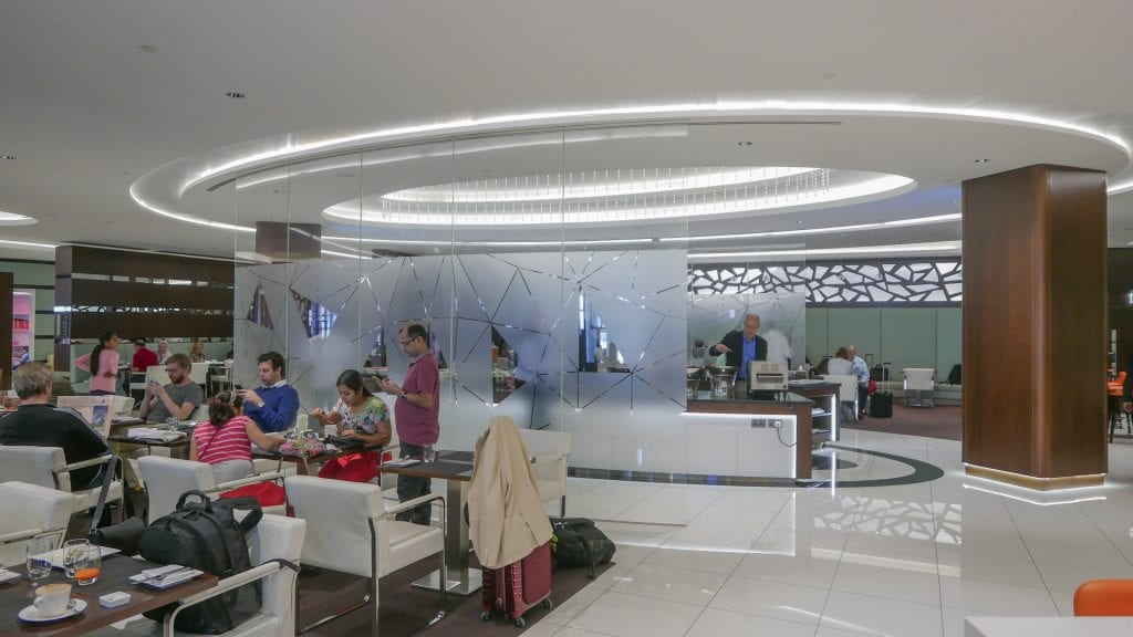 EY J Lounge 2 1024x576 - REVIEW - Etihad Airways : Premium Lounge, AUH T3