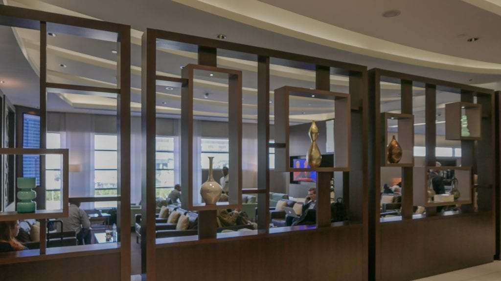 EY J Lounge 3 1024x576 - REVIEW - Etihad Airways : Premium Lounge, AUH T3