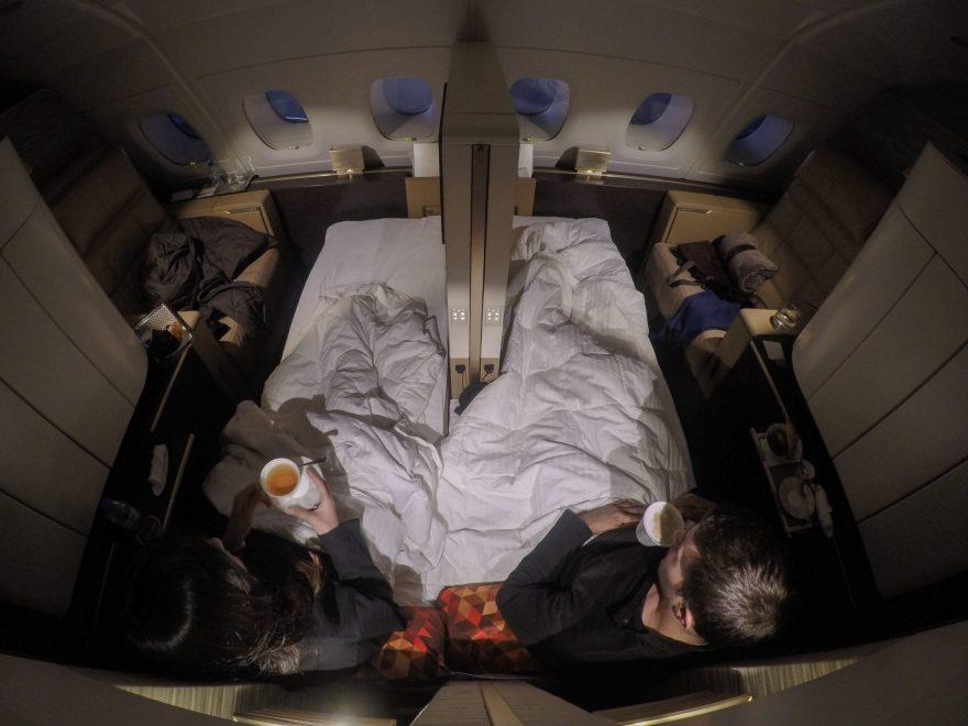 etihad apartments 04 16 88 880x660 - First Class & Business Class flight reviews