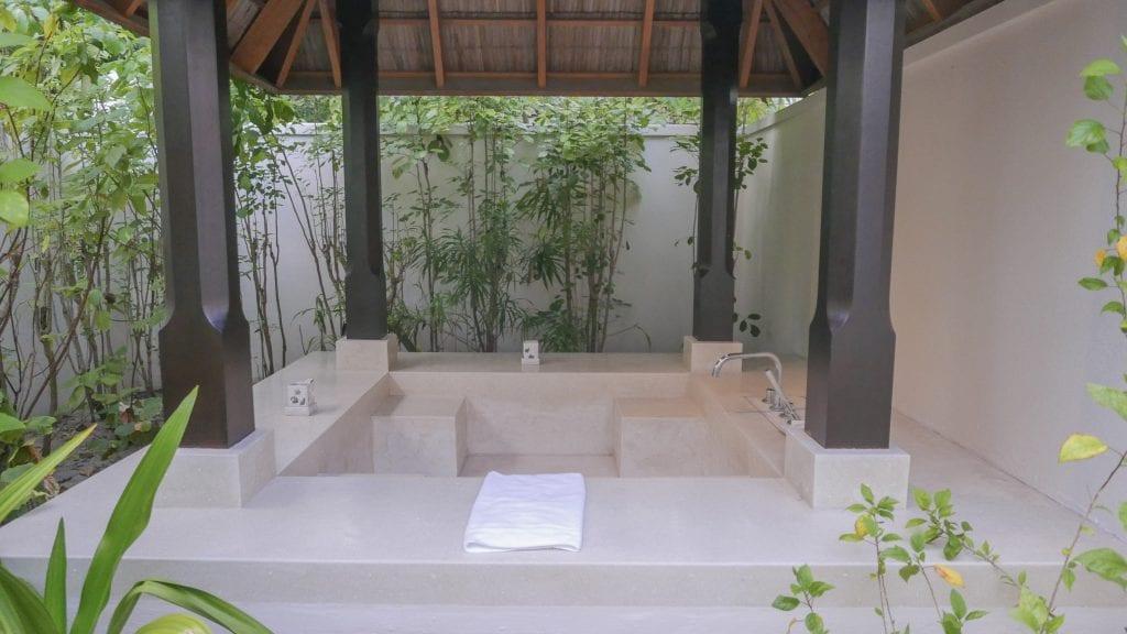 Beach Villa Conrad Rangali 2016 16 1024x576 - REVIEW - Conrad Maldives : Beach Villa (pre-renovation)