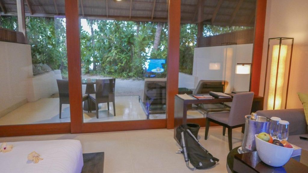 Beach Villa Conrad Rangali 2016 26 1024x576 - REVIEW - Conrad Maldives : Beach Villa (pre-renovation)