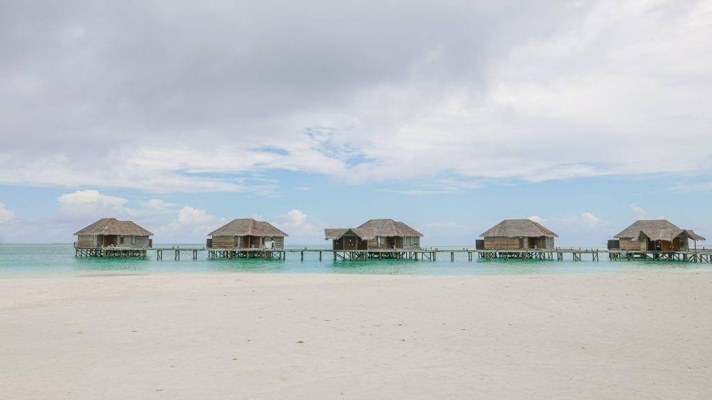 Island comparison 30 1024x576 - GUIDE - A comparison between the Main Island and Quiet Island at the Conrad Maldives