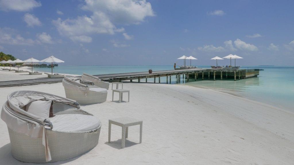 Island comparison 38 1024x576 - GUIDE - A comparison between the Main Island and Quiet Island at the Conrad Maldives