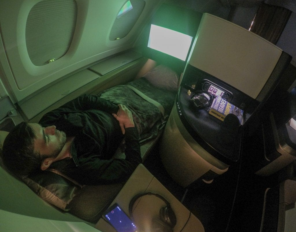 EY A380 business class 22 1024x803 - REVIEW - Etihad Airways : Business Class - Abu Dhabi to London (A380)