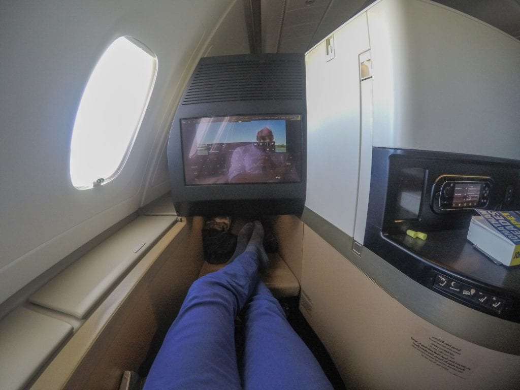 EY A380 business class 5 1024x768 - REVIEW - Etihad Airways : Business Class - Abu Dhabi to London (A380)