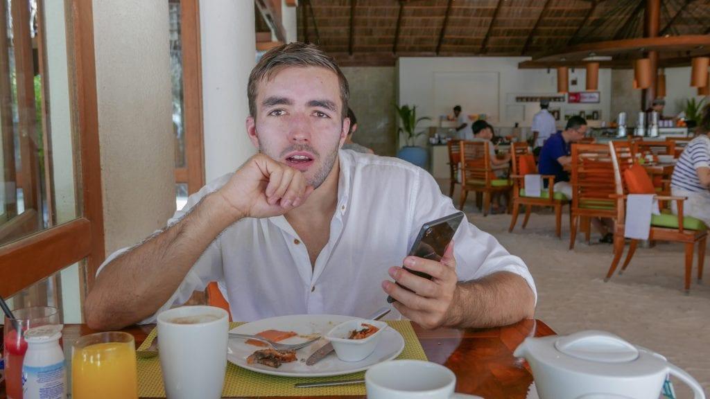FB Atoll 22 1024x576 - GUIDE - Eating and Drinking at the Conrad Maldives