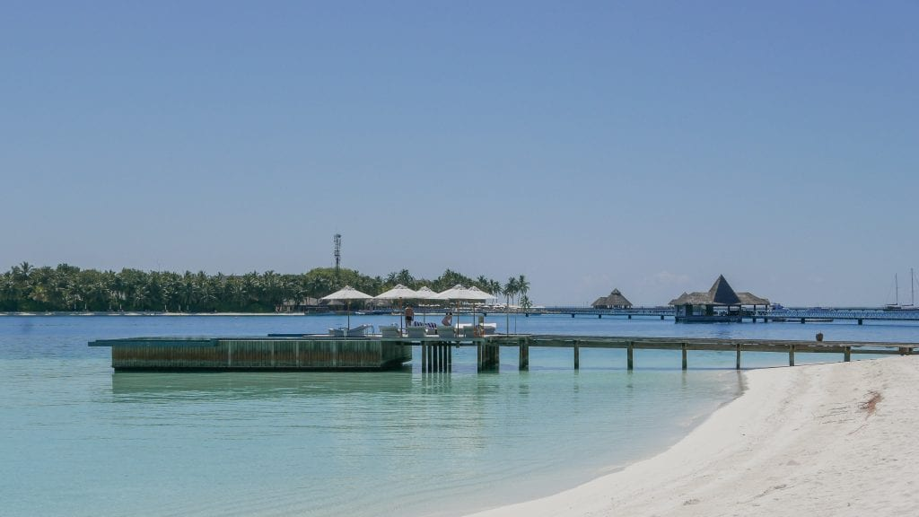 FB Quiet Zone 2 1024x576 - GUIDE - Eating and Drinking at the Conrad Maldives
