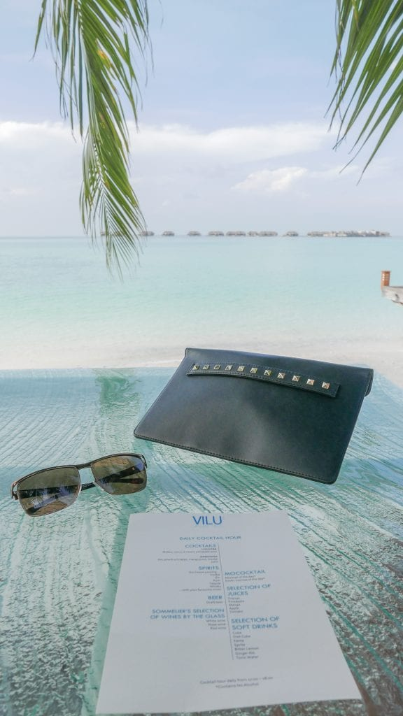 FB Vilu 13 576x1024 - GUIDE - Eating and Drinking at the Conrad Maldives
