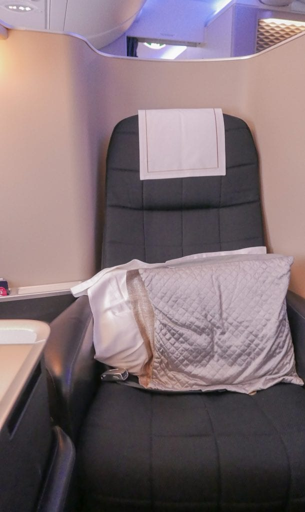 BA A380 F 8 610x1024 - REVIEW - British Airways : First Class - London to Miami (A380)