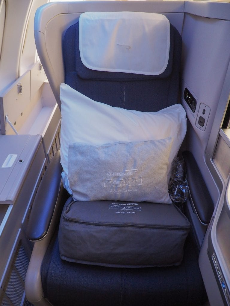 64A new catering BA 747 2 768x1024 - REVIEW - British Airways : Updated Club World Service - London to New York JFK (B747 Upper Deck)
