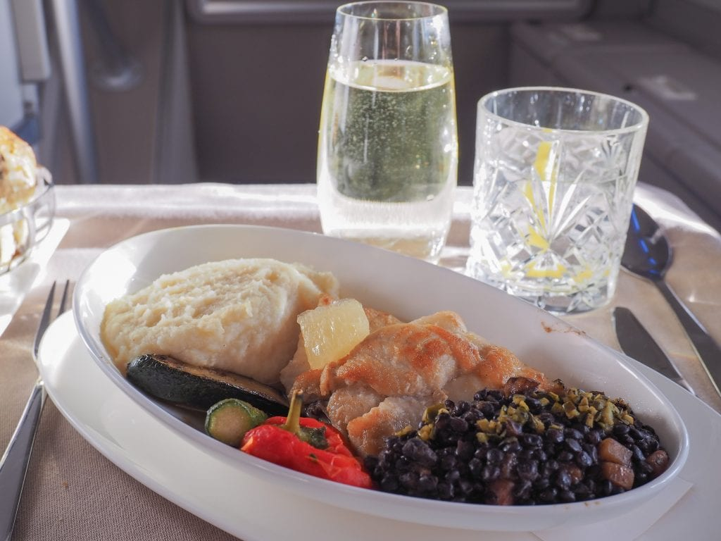 64A new catering BA 747 31 1024x768 - REVIEW - British Airways : Updated Club World Service - London to New York JFK (B747 Upper Deck)