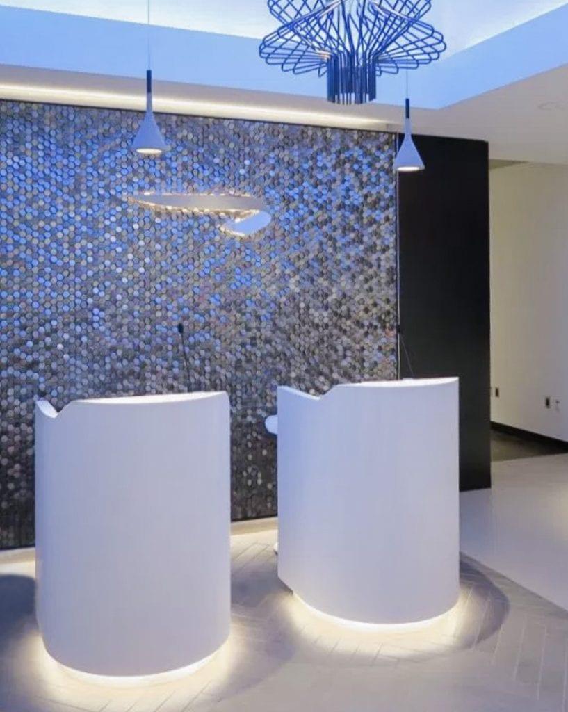 BA lounge BOS 00 817x1024 - REVIEW - The British Airways Boston Lounge - BOS Terminal E