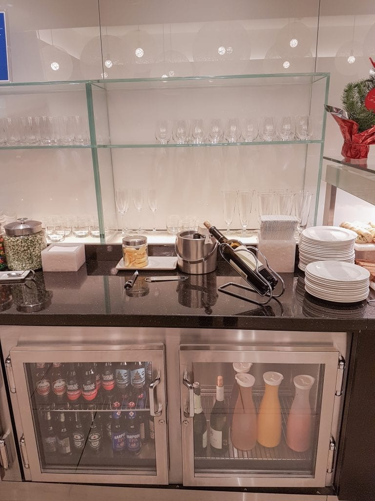 BA lounge BOS 3 768x1024 - REVIEW - The British Airways Boston Lounge - BOS Terminal E