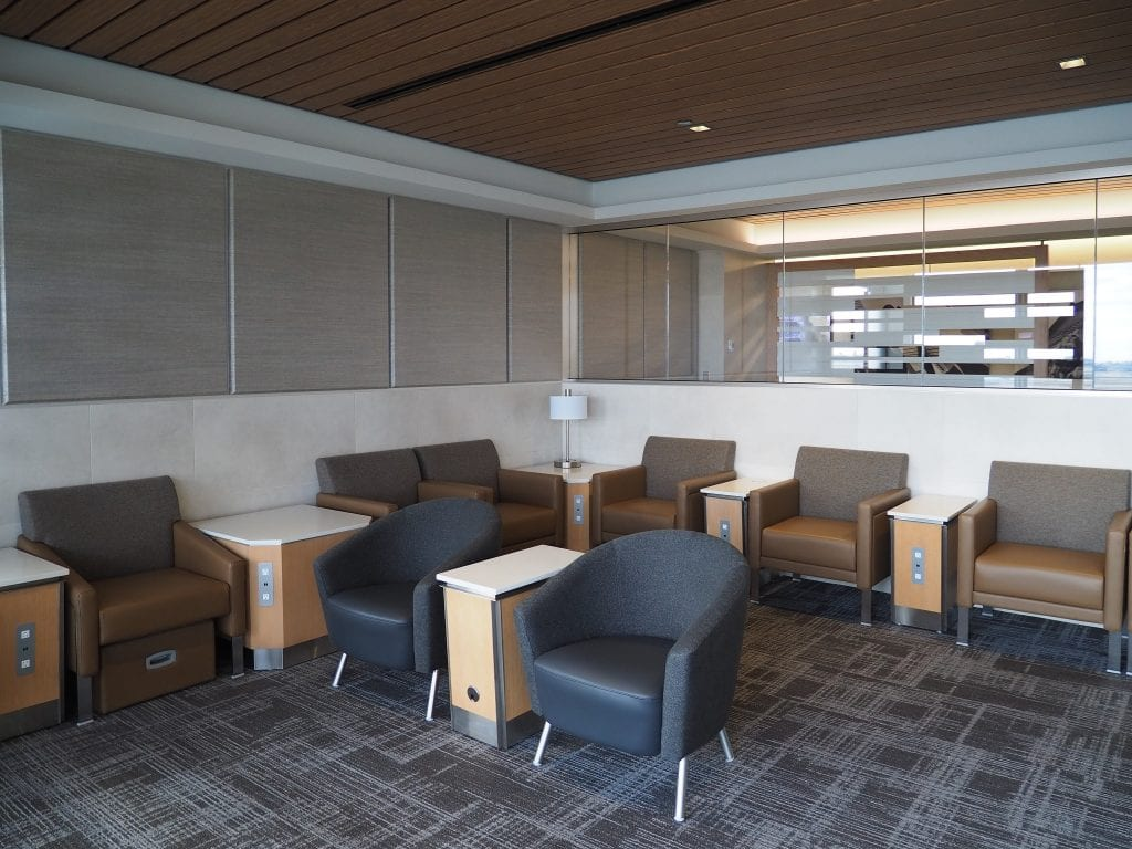 ORD flagship lounge 4 1024x768 - REVIEW - American Airlines Flagship Lounge, Chicago - ORD T3