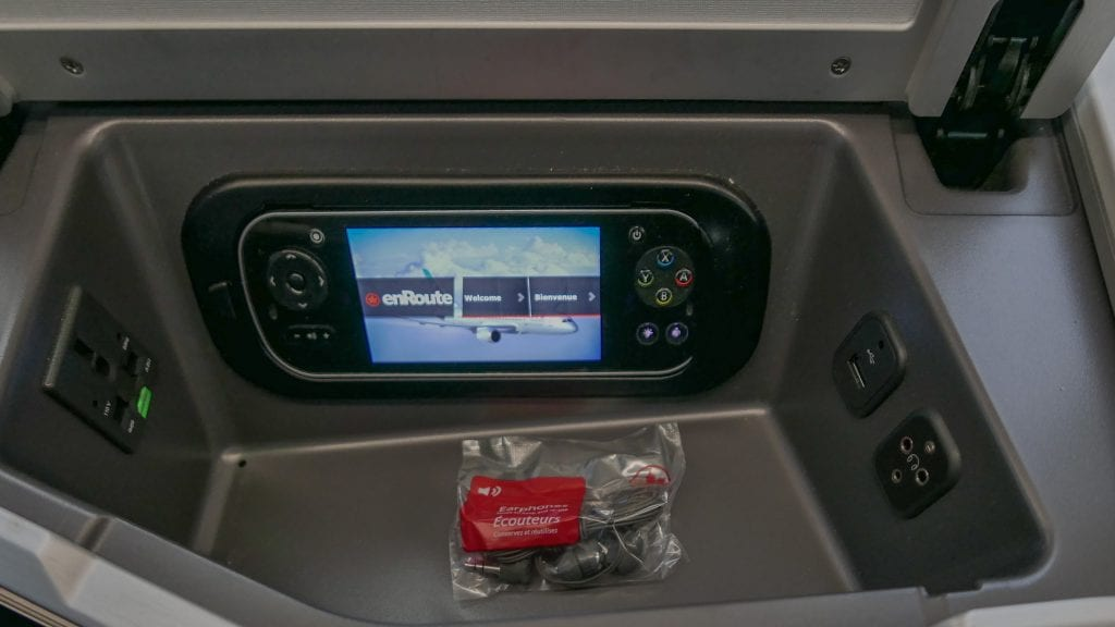 AC dreamliner 12 1024x576 - REVIEW - Air Canada : Business Class - Vancouver to London LHR (B789)