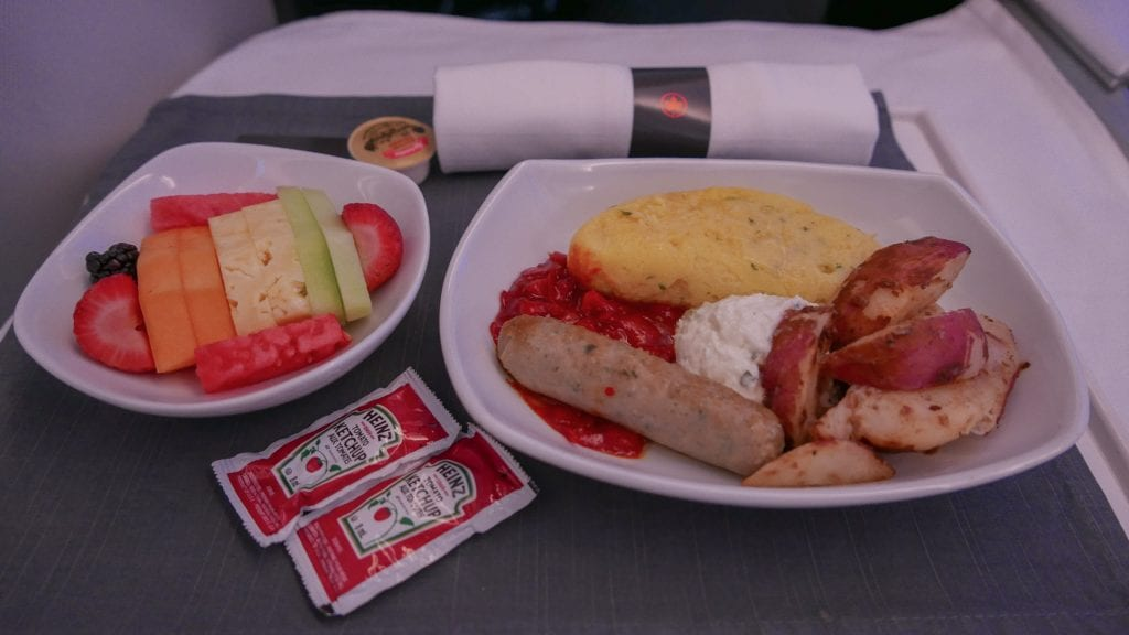 AC dreamliner 43 1024x576 - REVIEW - Air Canada : Business Class - Vancouver to London LHR (B789)
