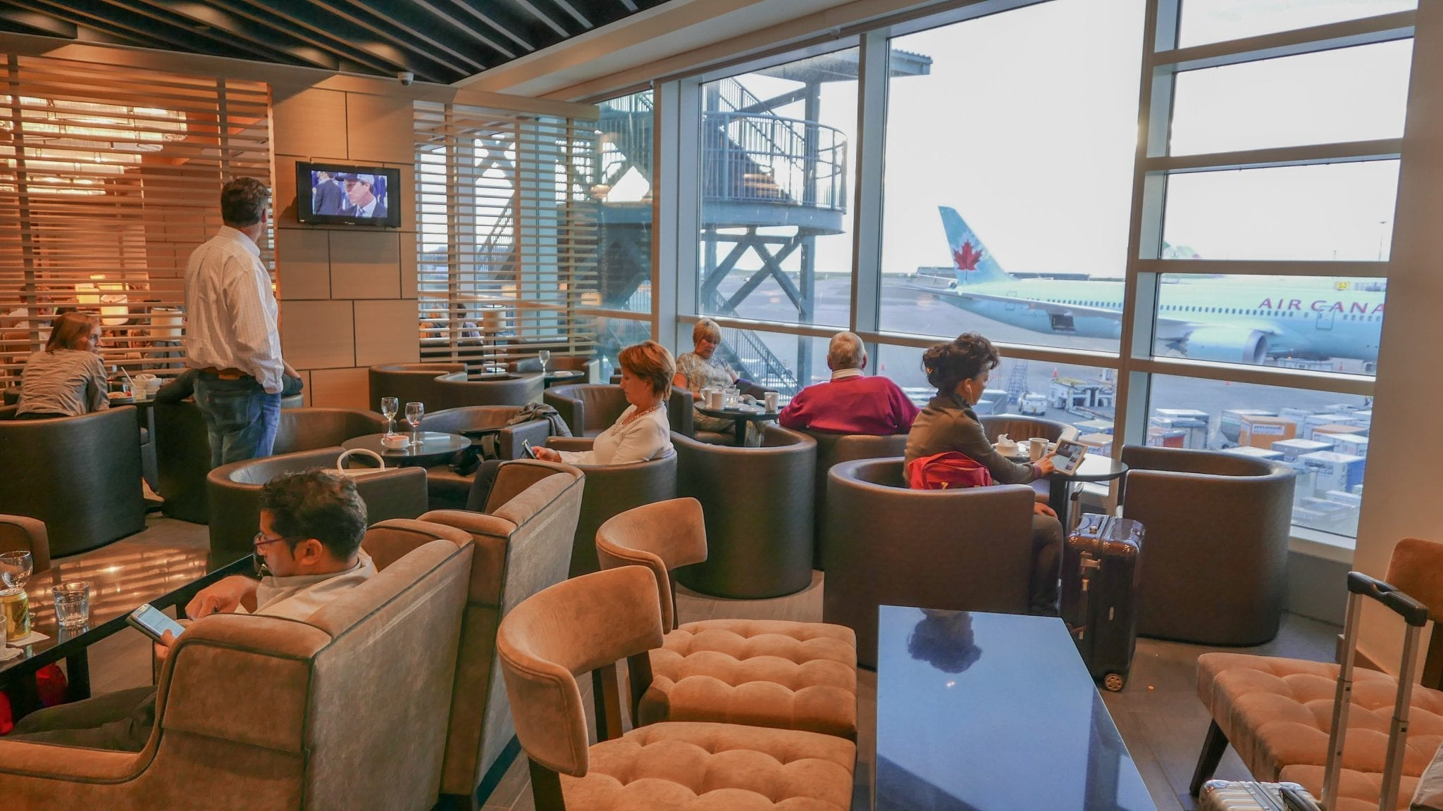 YVR lounges 18 - REVIEW - Air Canada : Business Class - Vancouver to London LHR (B789)