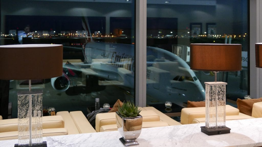 EK lounge 4 1024x576 - REVIEW - Emirates Lounge : First and Business Class, London (LHR - Terminal 3)
