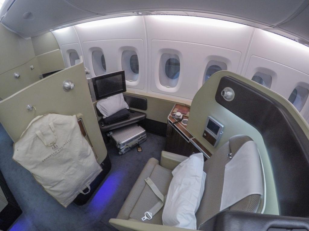 QF F LHR DXB 10 1024x768 - REVIEW - Qantas : First Class - London LHR to Dubai (A380)