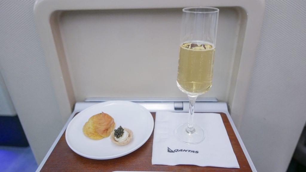 QF F LHR DXB 15 1024x576 - REVIEW - Qantas : First Class - London LHR to Dubai (A380)