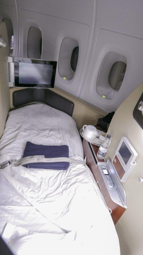 QF F LHR DXB 39 576x1024 - REVIEW - Qantas : First Class - London LHR to Dubai (A380)