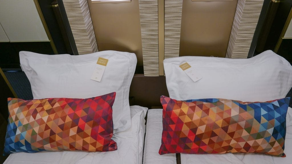 EY APTS 4 1024x576 - SECOND REVIEW - Etihad : First Class Apartments - Abu Dhabi AUH to London LHR (A380)