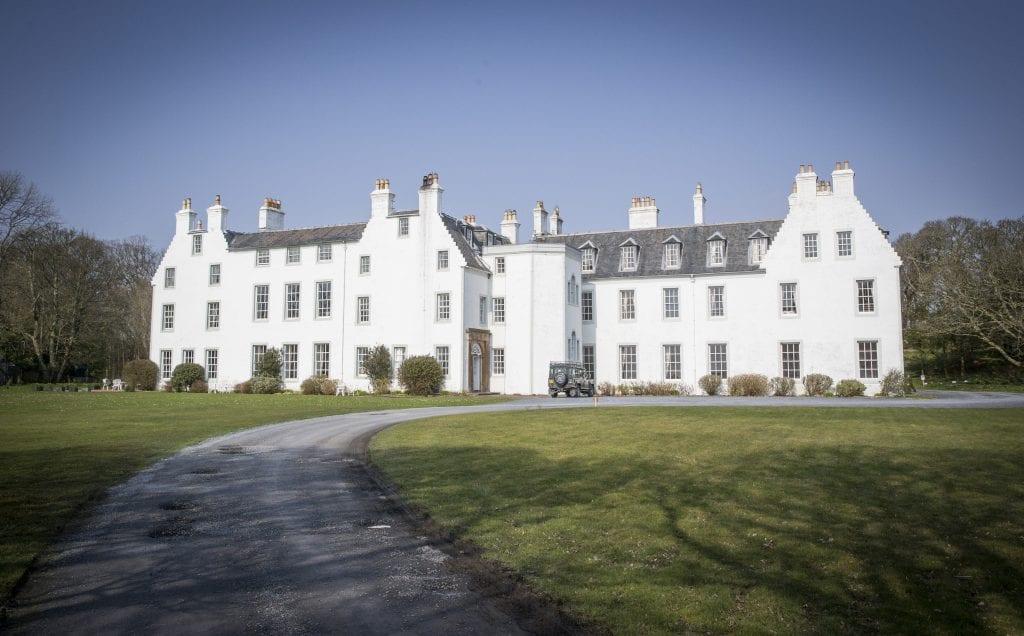 Stratajet.Islay .jr3267 1024x636 - A Trip to Islay House with Stratajet