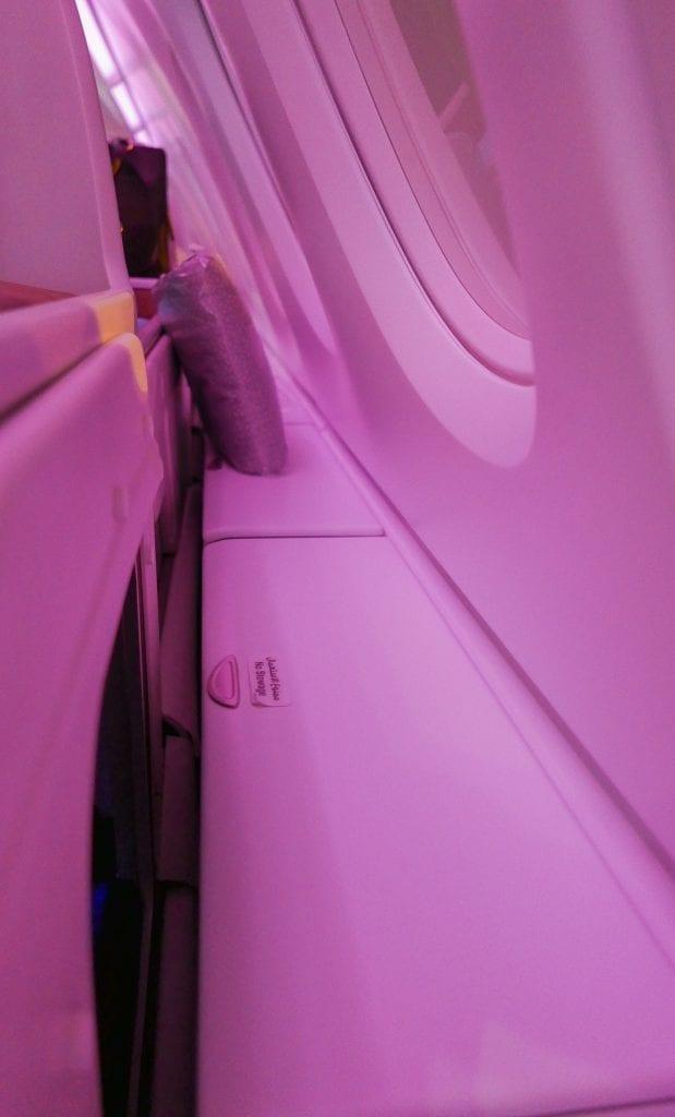 QRJ DOH SYD 10 619x1024 - REVIEW - Qatar Airways : Business Class - Doha DOH to Sydney SYD (A380)
