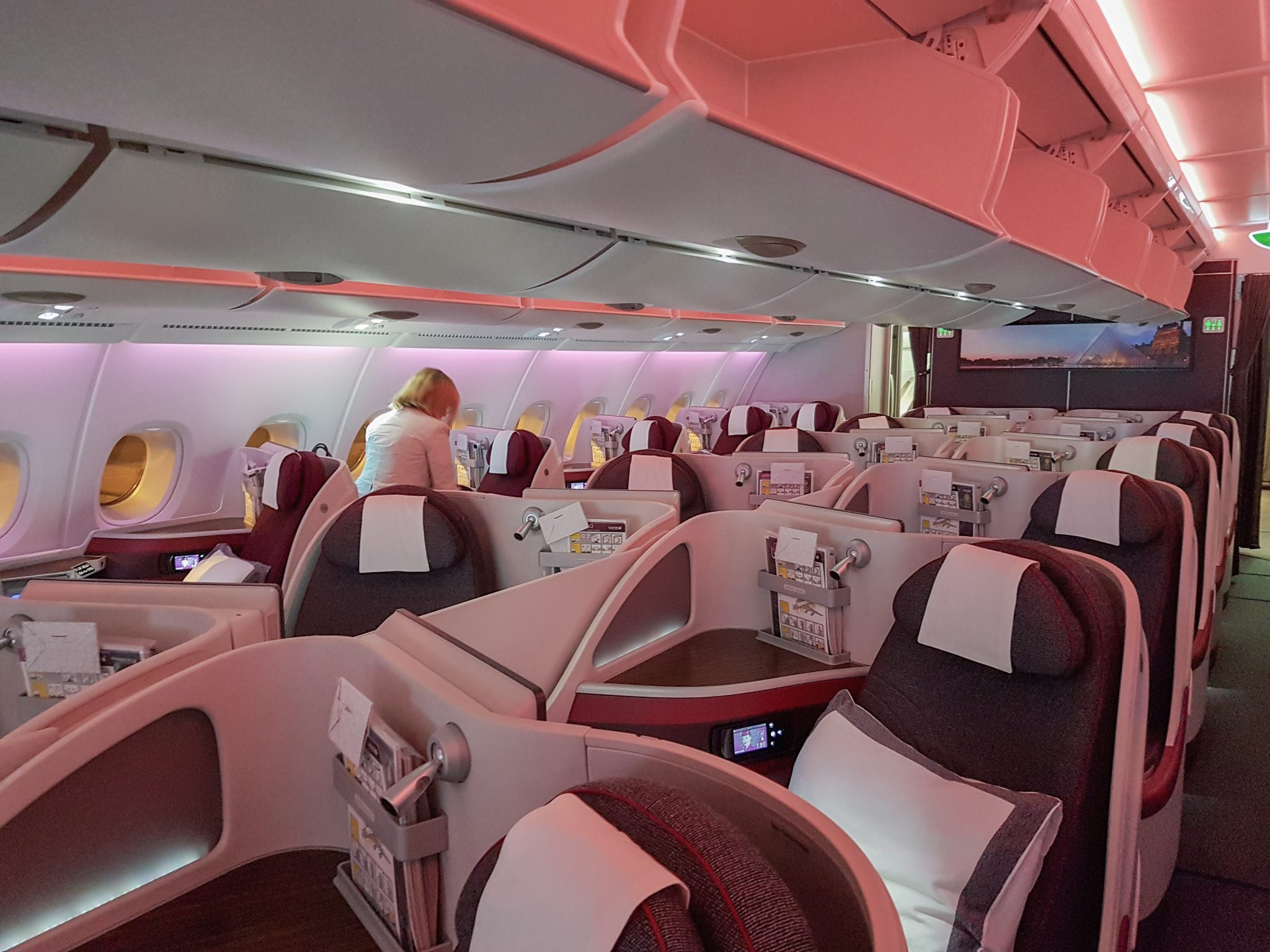 QRJ DOH SYD 4 - REVIEW - Qatar Airways : Business Class - A350 - Tokyo (HND) to Doha (DOH)