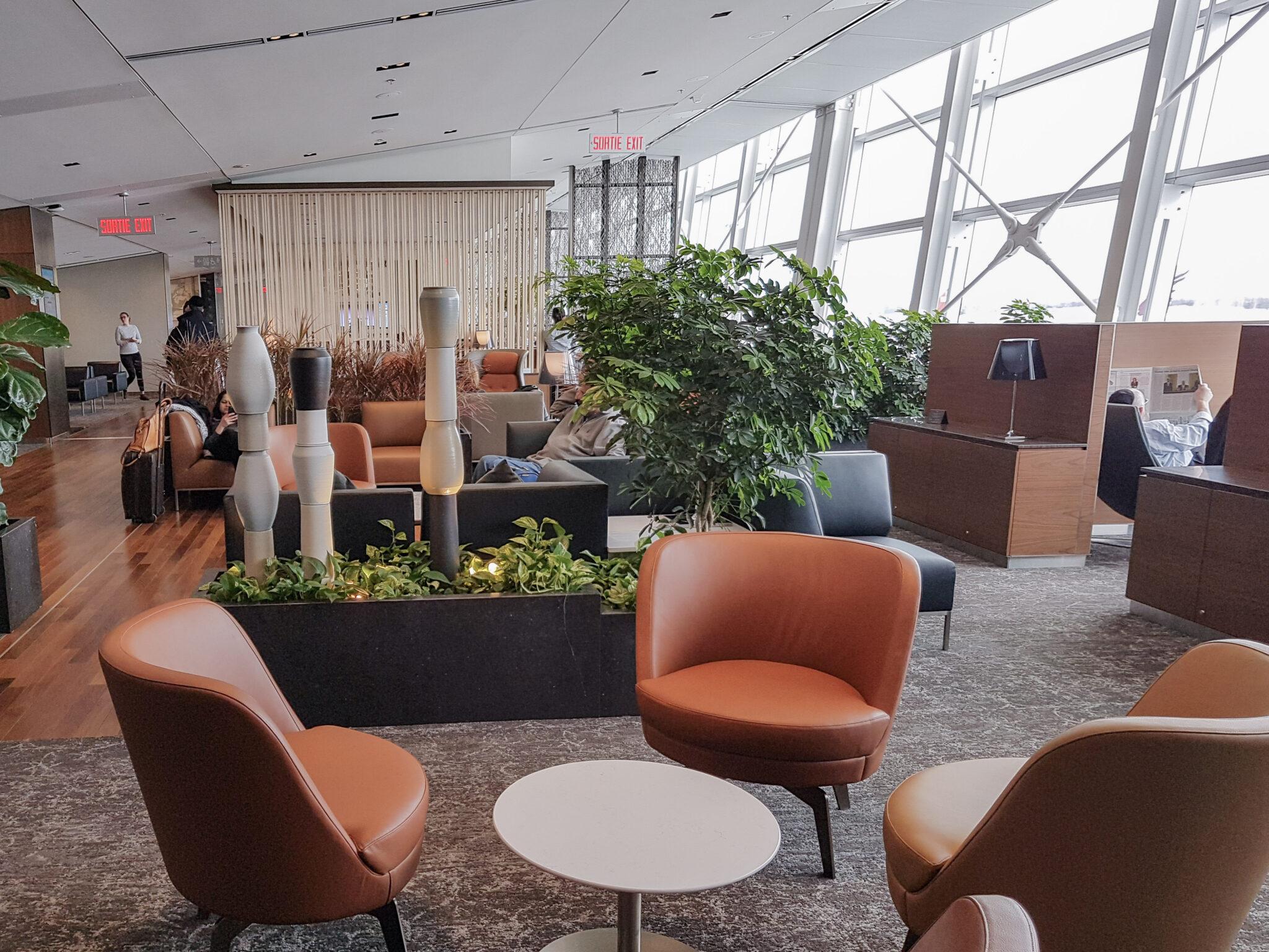 Ac lounge montreal
