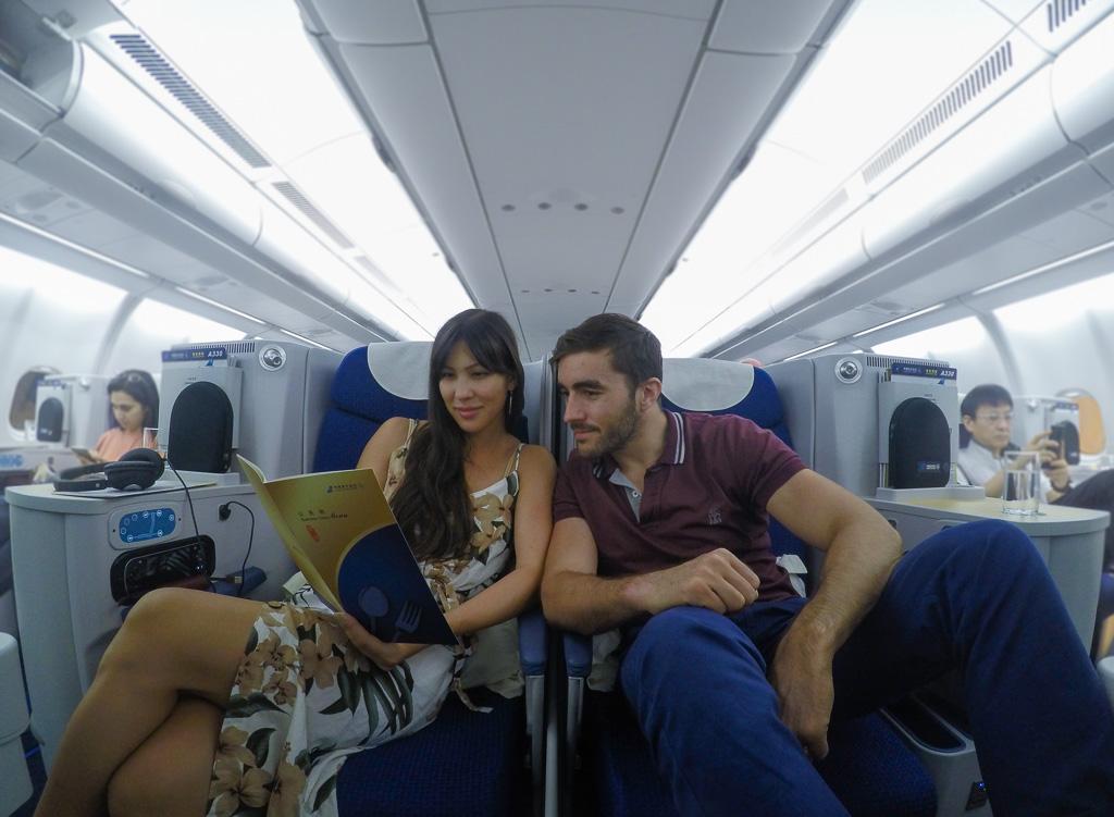 china southern a330 couple