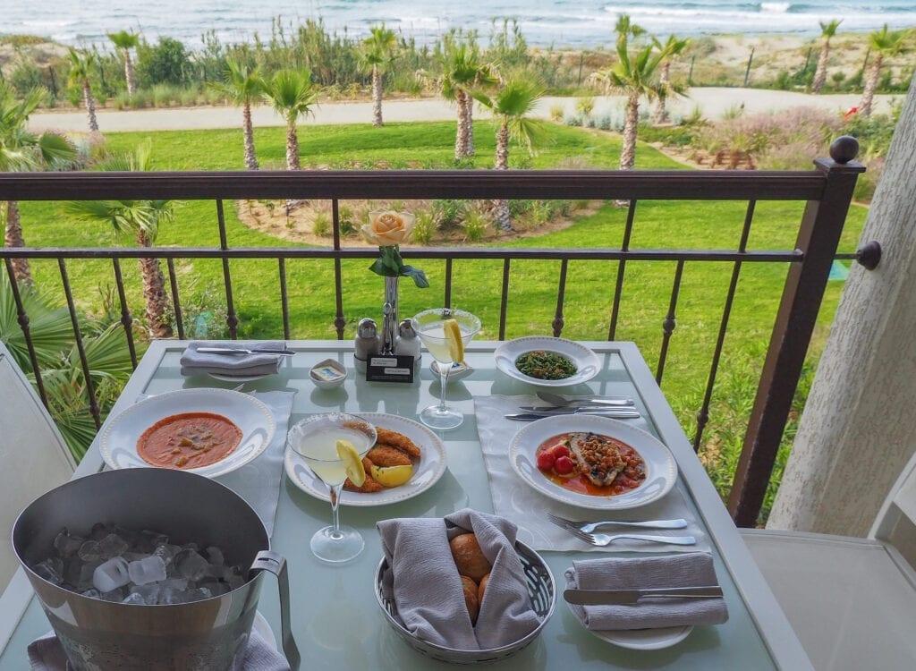 FS Tunis 88 1024x750 - REVIEW - Four Seasons Tunis : Premier Room