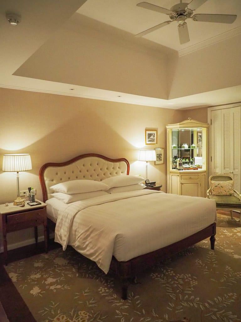 PH Saigon 23 - REVIEW - Park Hyatt Saigon : Deluxe King (w. Pool Access)